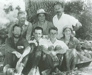 Colophon excavation staff, 1922.