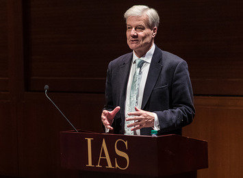 Jonathan Haslam speaks at the podium in Wolfensohn Hall at the IAS